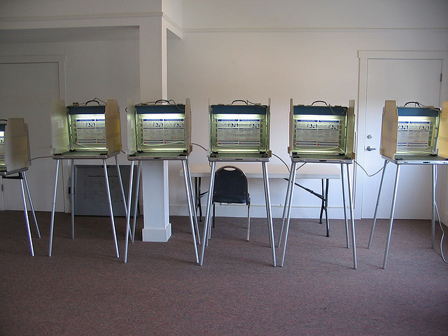 Voting Machines - photo by momboleum
