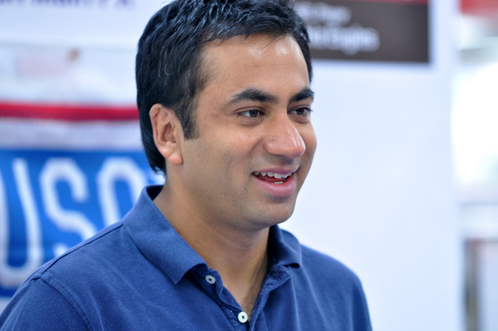 kal penn white housekal penn wife, kal penn white house, kal penn instagram, kal penn government, kal penn plane, kal penn height weight, kal penn filmleri, kal penn obama, kal penn kumar, kal penn contact, kal penn imdb, kal penn jimmy kimmel, kal penn house, kal penn movies, kal penn films, kal penn kinopoisk