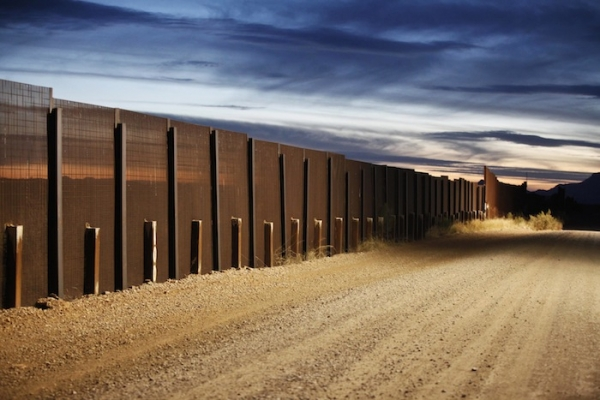 The Arizona-Mexico border fence near Naco, Arizona, March 29, 2013. (Photo : Reuters)