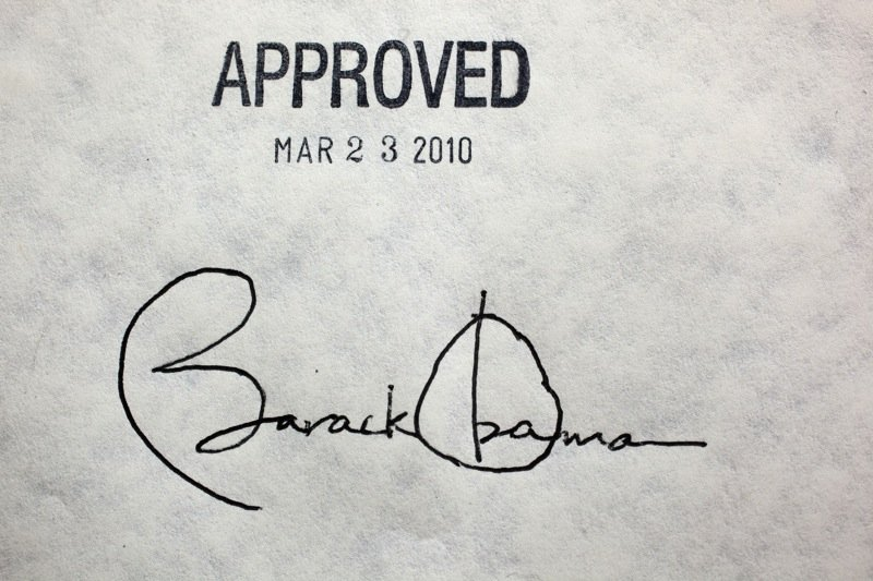 obama_healthcare_signature.jpg